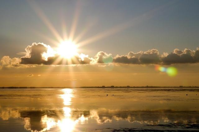 79482-bright-sun