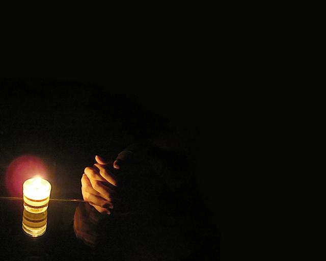 Praying-Hand-
