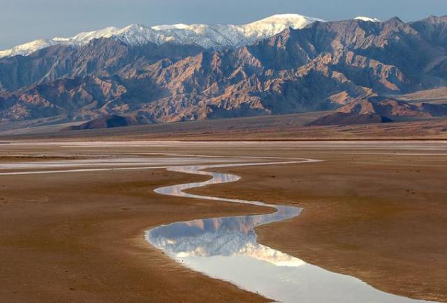 desert-stream-11